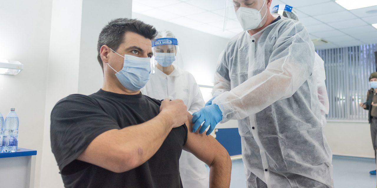 Antibiotice Iași: Nicio reacție adversă! Nicio doză de vaccin pierdută!